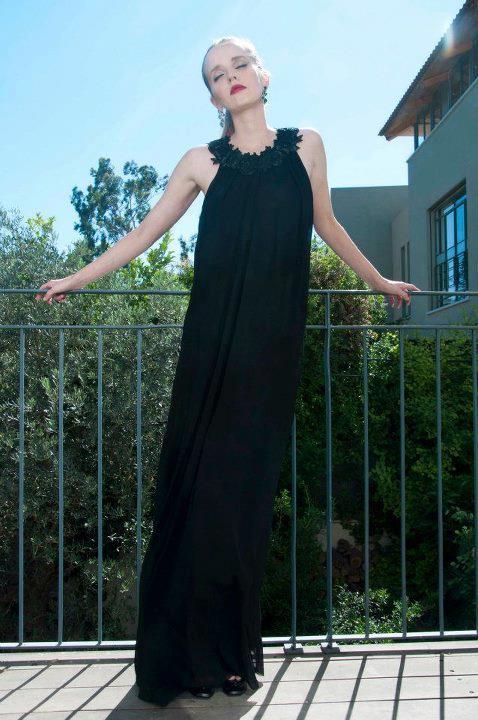 שמלה: טל בק צילום: לי אגמון סטיילינג: הילה ג'רבי איפור, שיער: דיתי מסר